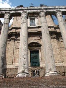 kyrka_rom